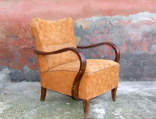 Stylish Art Deco Armchair.